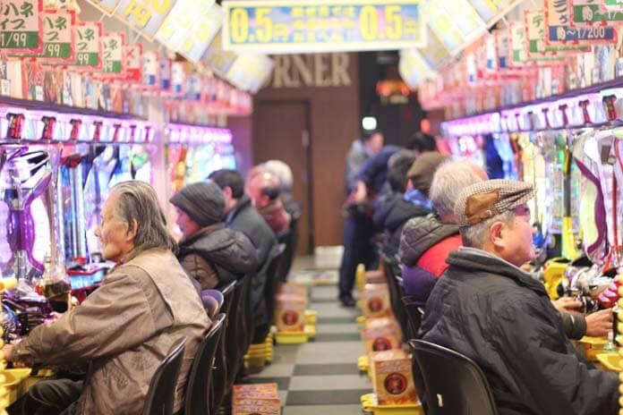 pachinko juego apuestas Japón